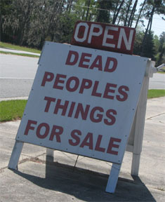Dead_peoples_things_2